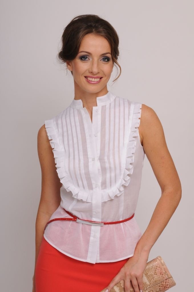 блузка белая без рукава воротник стойка