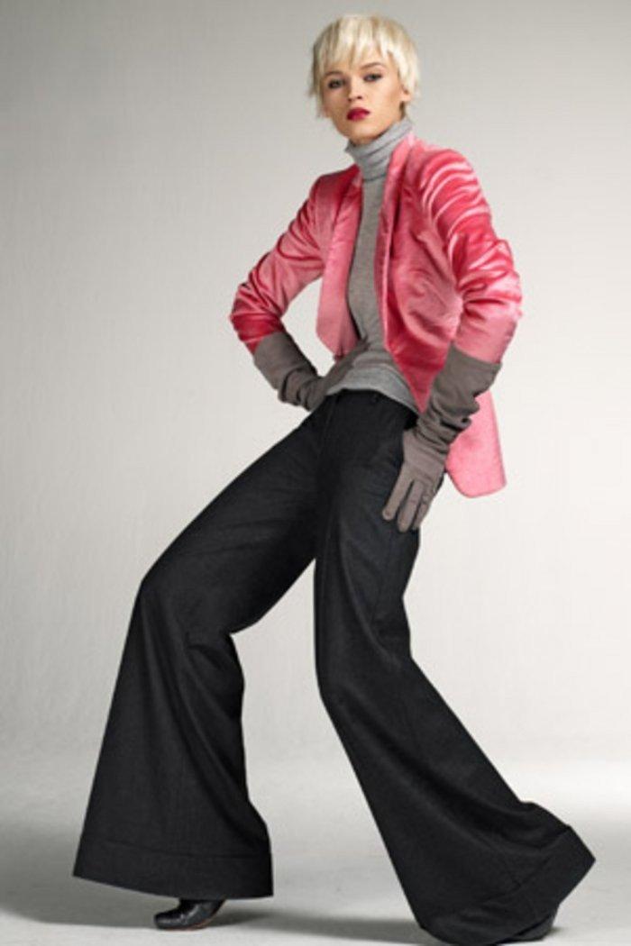 брюки черные расклешенные