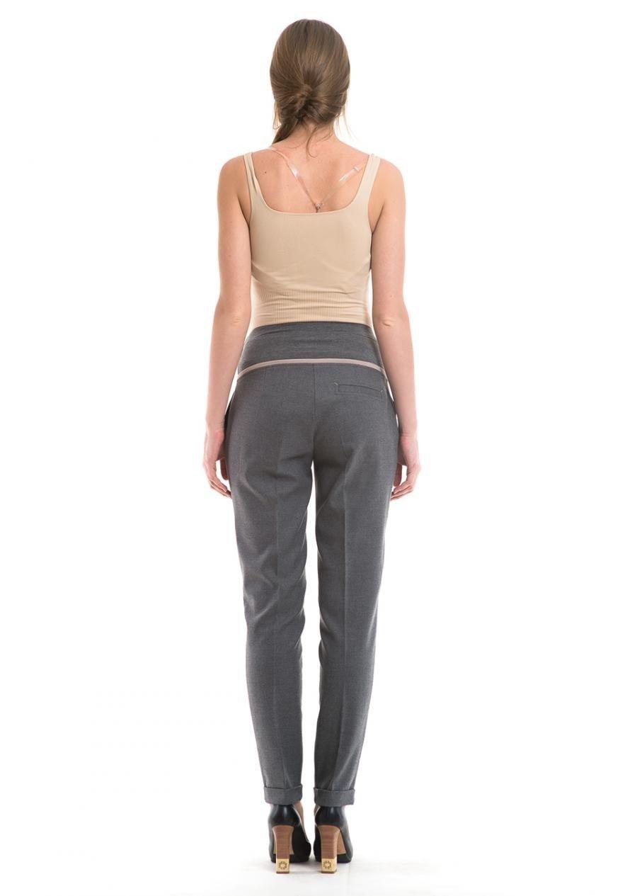 брюки зауженные серые