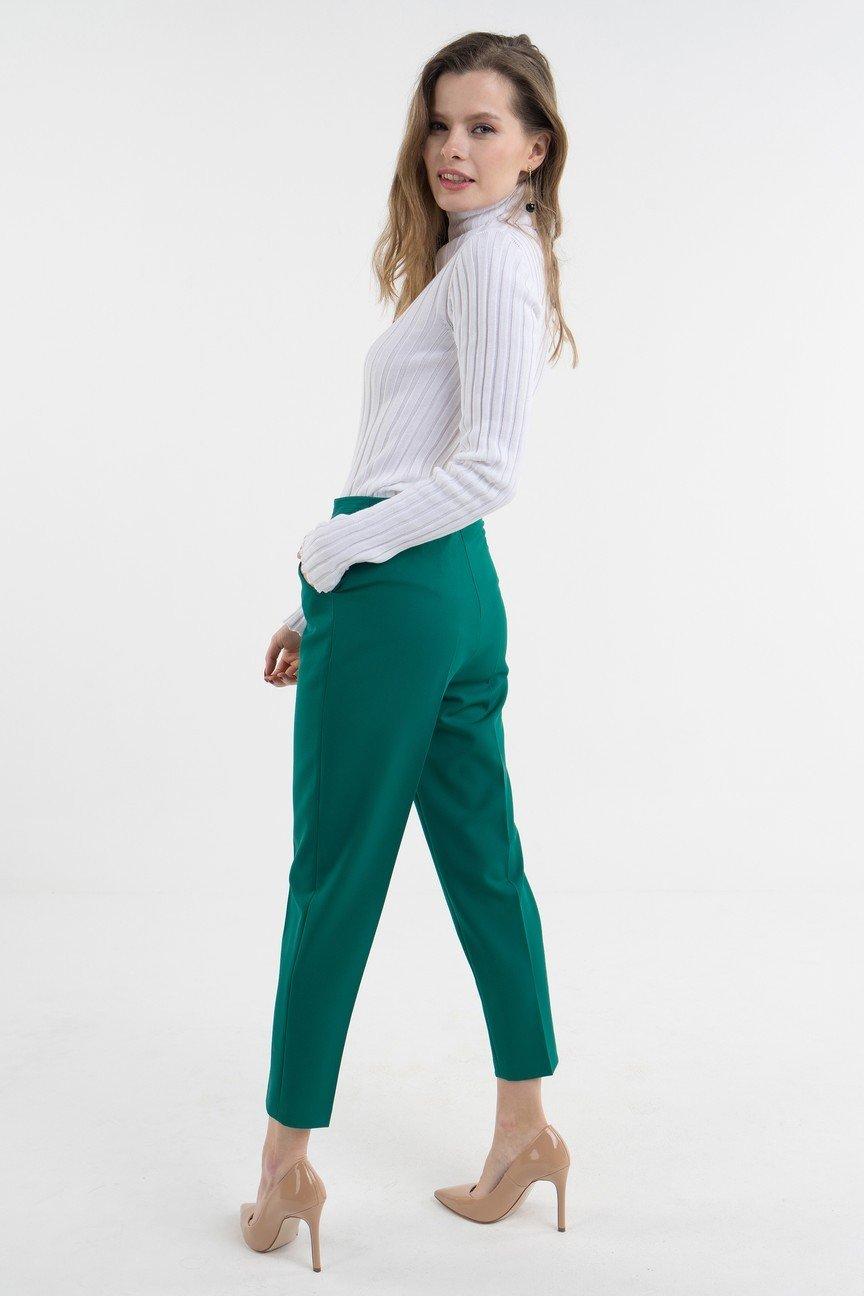 брюки зауженные зеленые