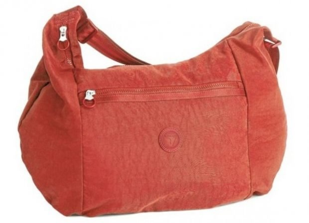 мягкая сумка красная спортивная