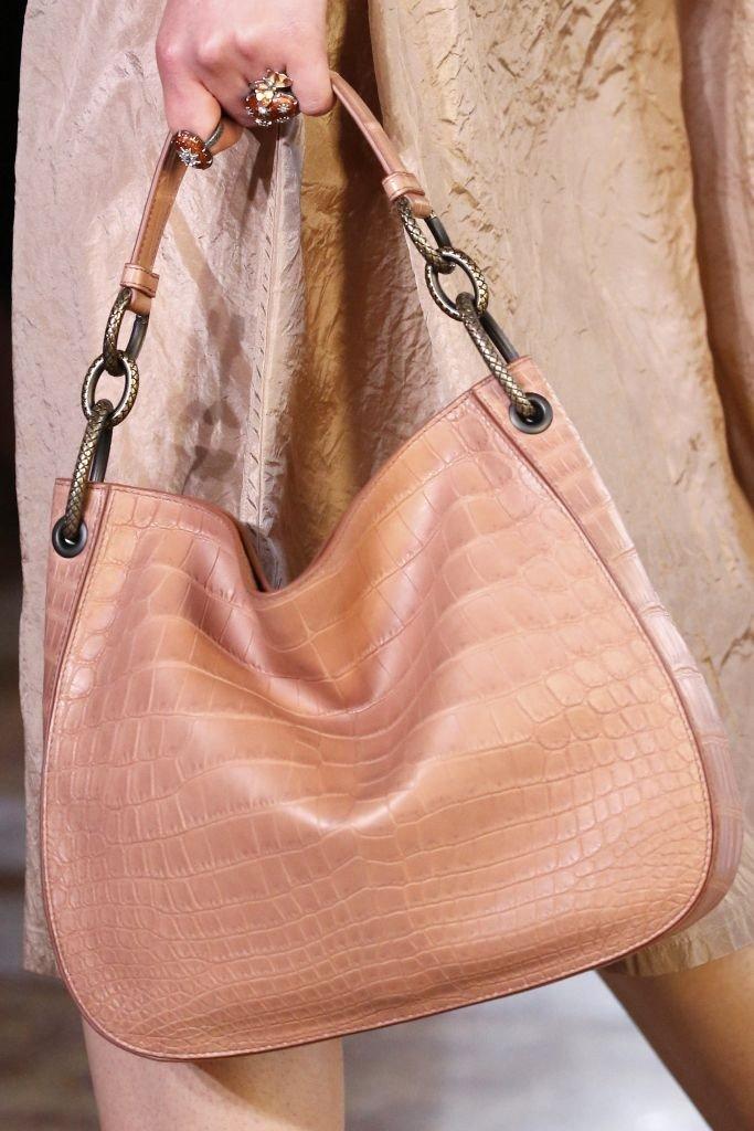сумка  розовая мягкая кожа