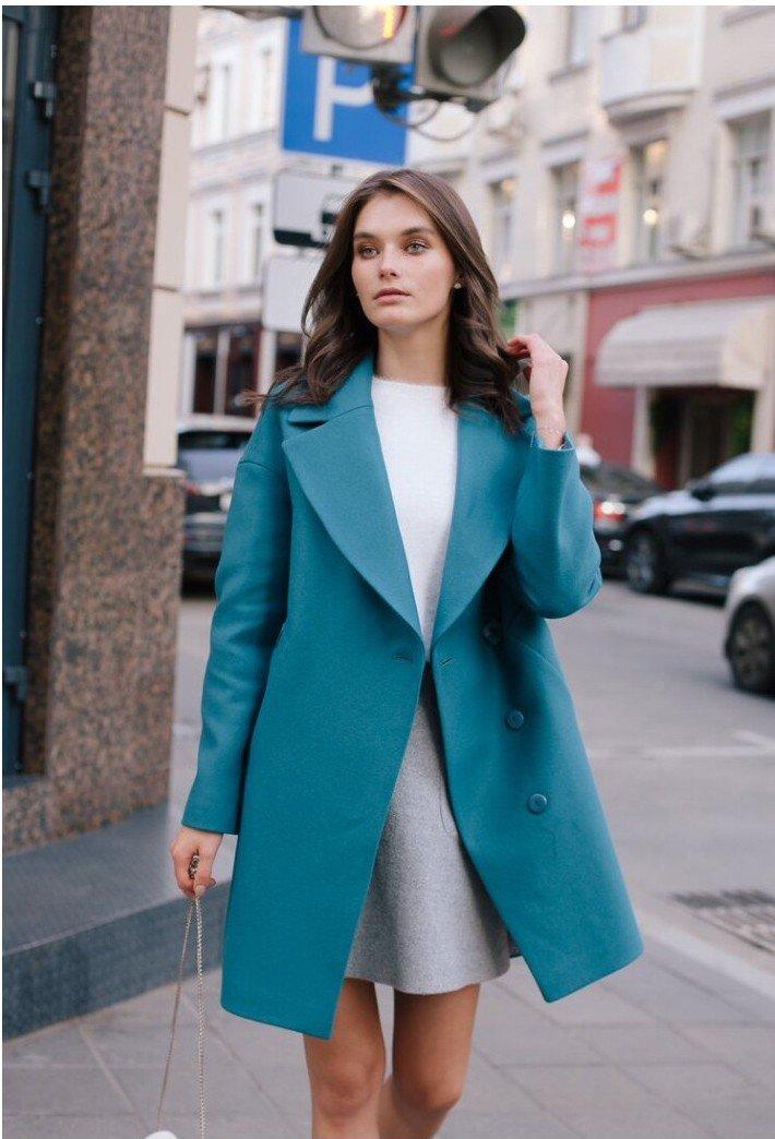 пальто синее классика