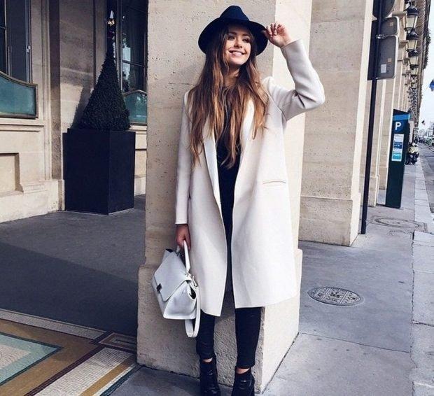 пальто белое без застежки