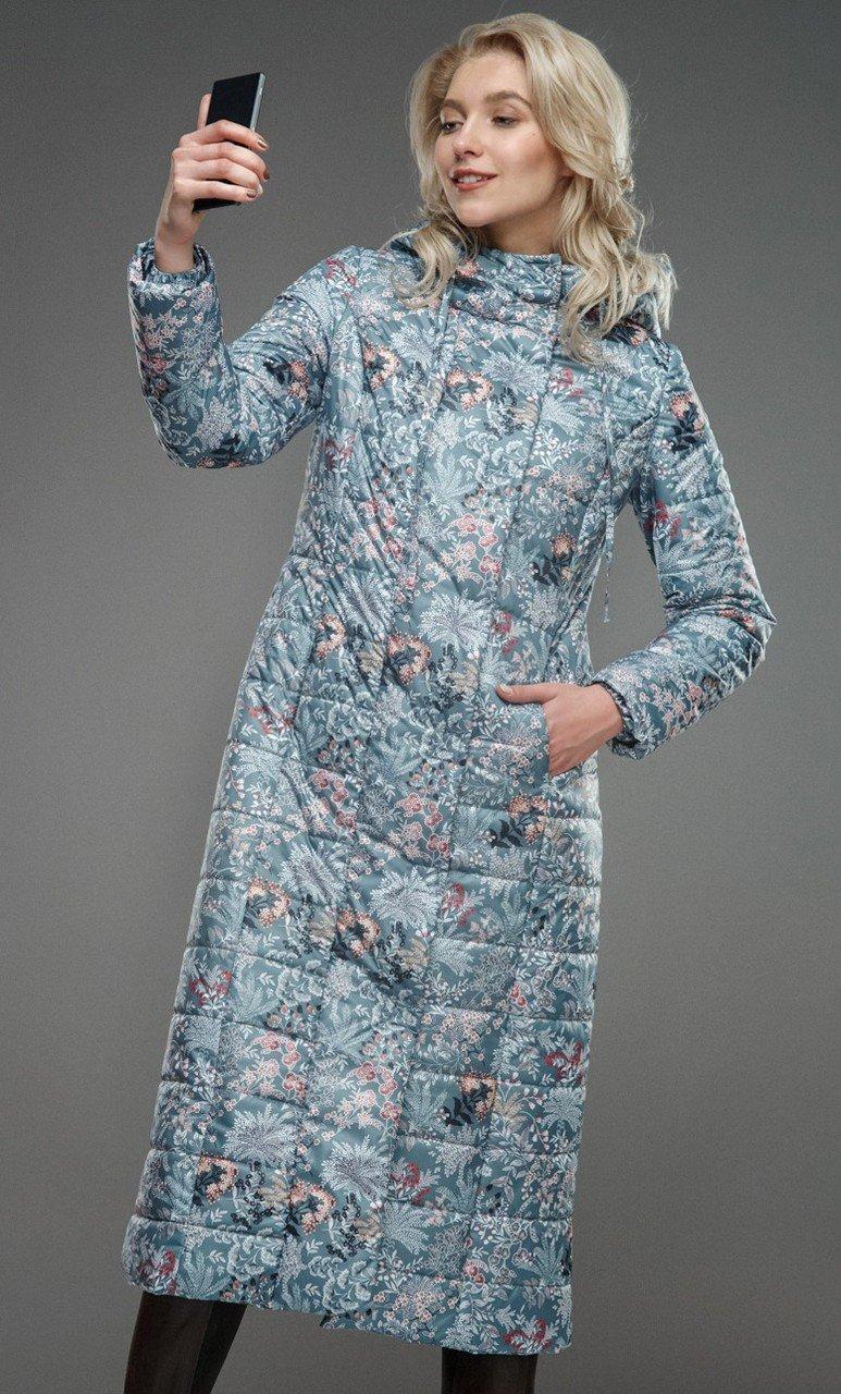 пальто на синтепоне голубое в цветы