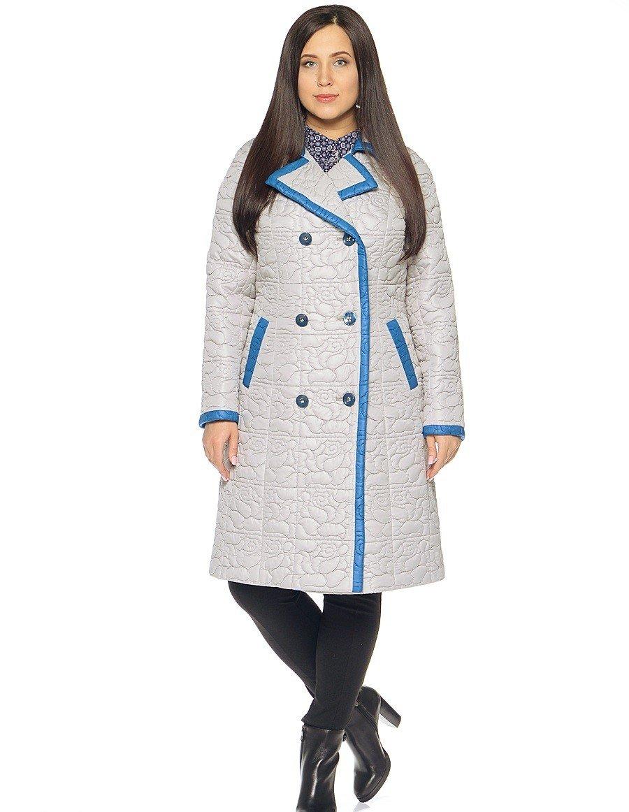 пальто на синтепоне белое с голубой окантовкой