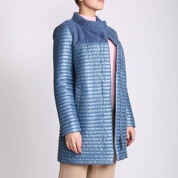 стеганное пальто голубое