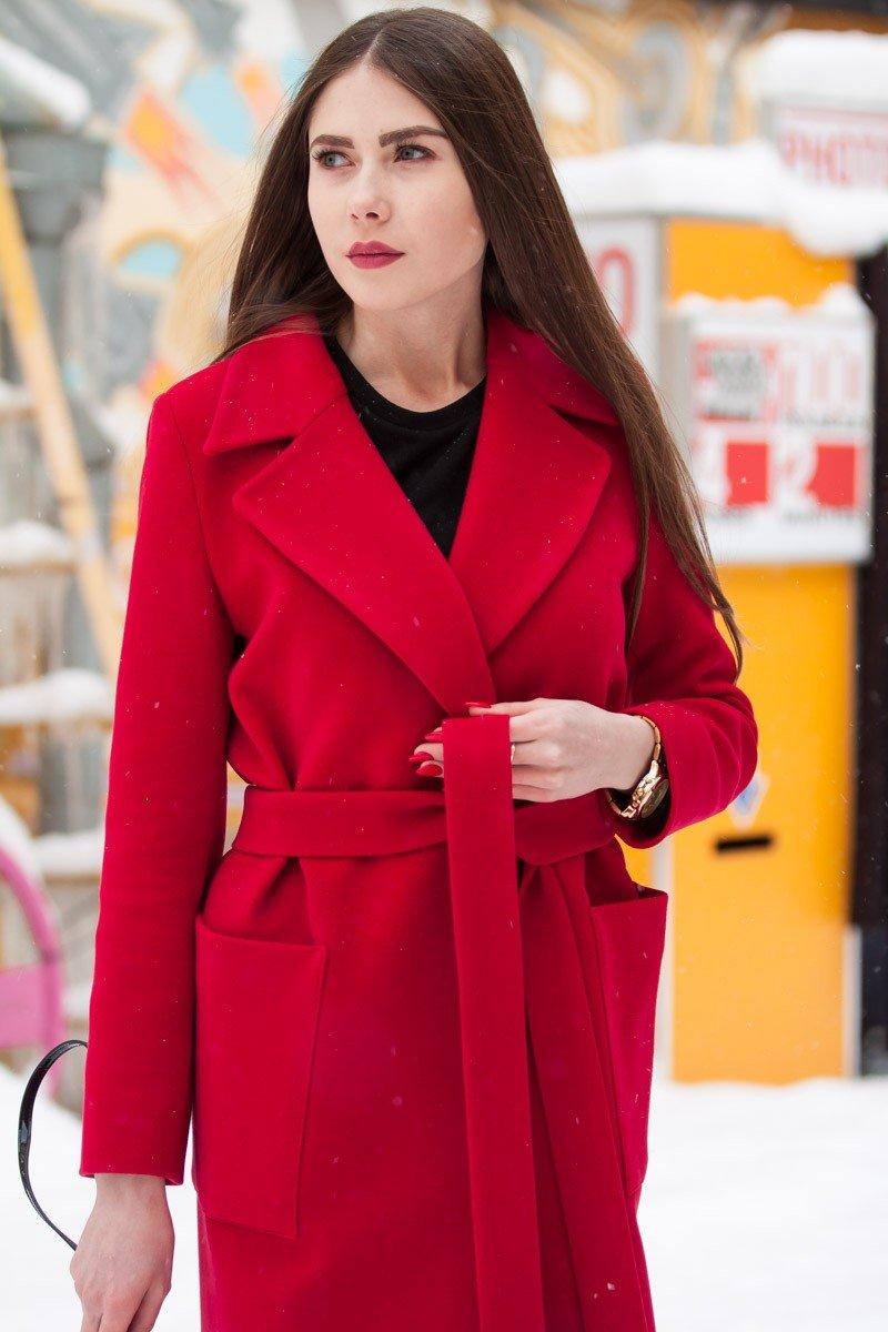 пальто красное классика с поясом
