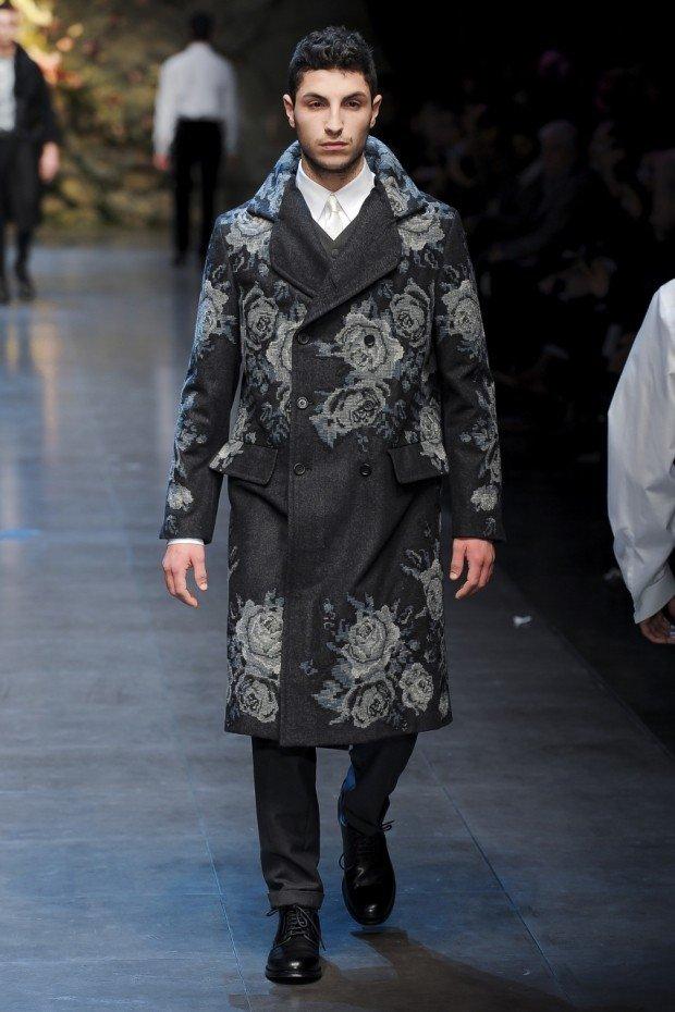 мужское пальто черное в серые цветы