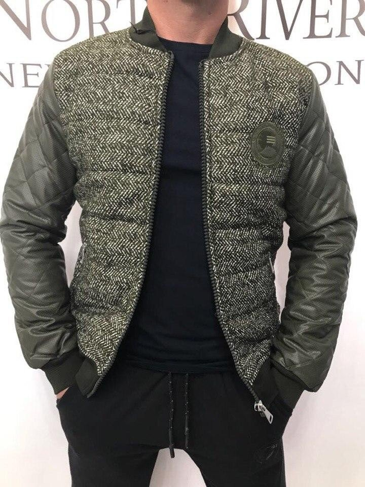 зеленая куртка на синтепоне из кожзама