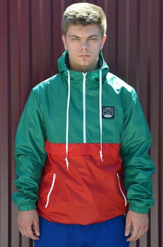 куртка анорак зеленая с красным