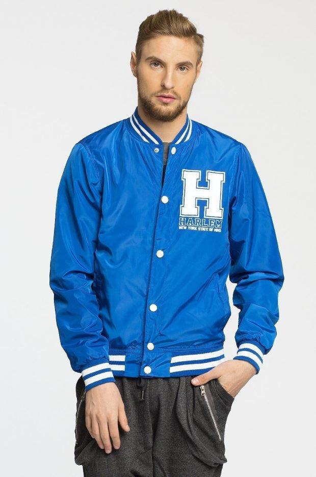 куртка бомбер голубая с буквами