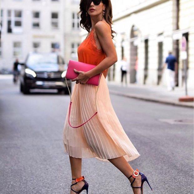 нежный образ плиссированная юбка топ в бельевом стиле