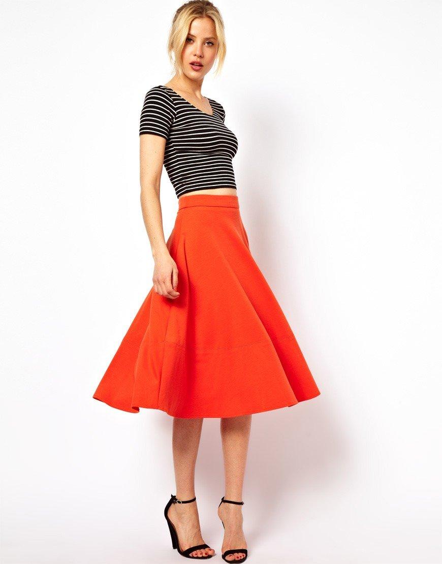 юбка-клеш красная под короткую футболку