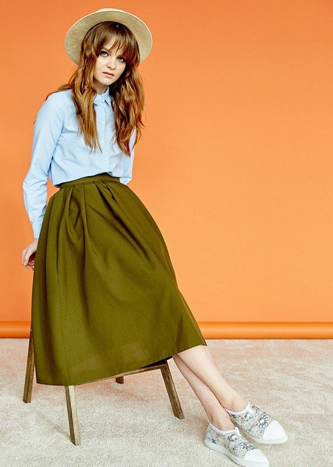 модные юбки весна-лето 2019: зеленая солнце по колено
