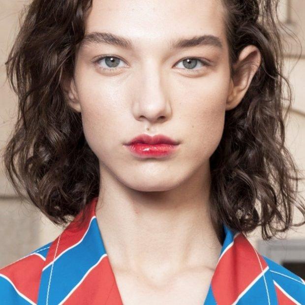 Модный макияж весна лето: натуральный с красными губами