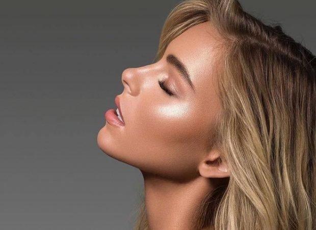 макияж хайлайтером с мерцанием
