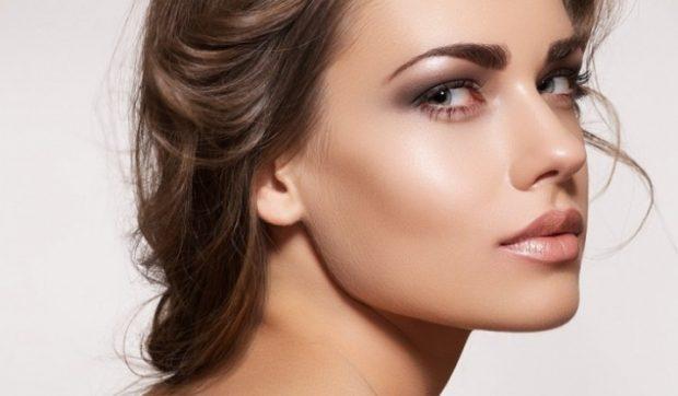 макияж хайлайтером под натуральный