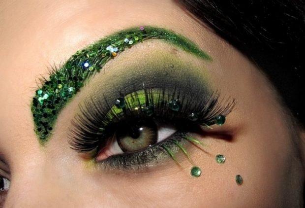 макияж со стразами зелеными