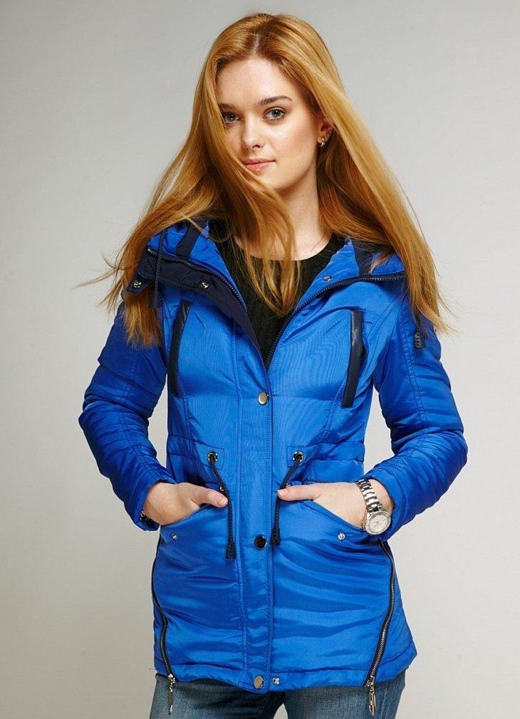 демисезонная куртка синяя