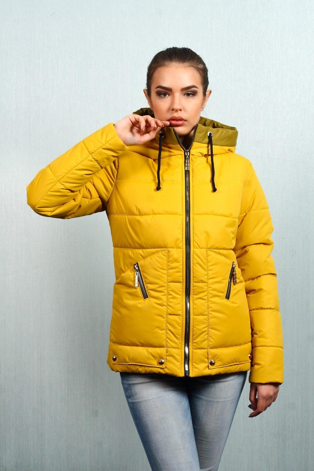 демисезонная куртка желтая короткая