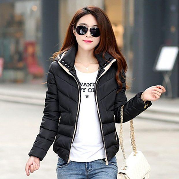 короткая куртка черная стеганая