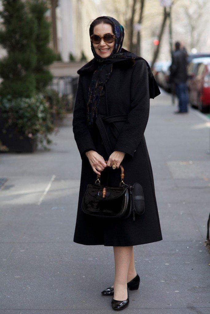 черное пальто миди