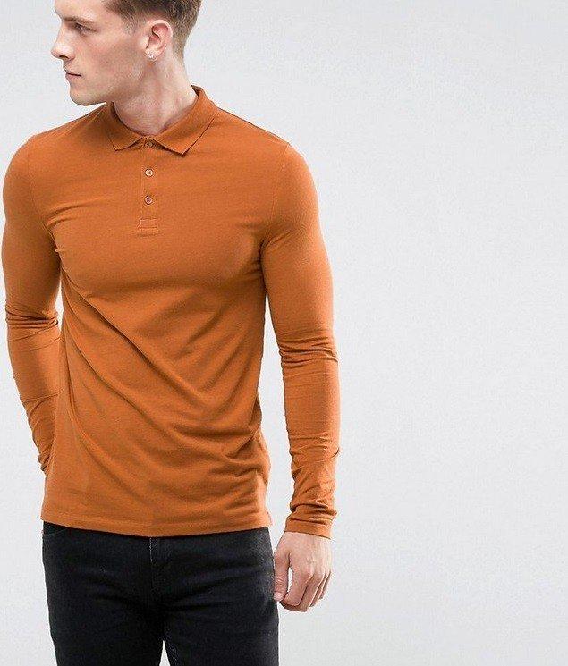 мужская мода лето 2019 основные тенденции: джемпер коричневый под джинсы