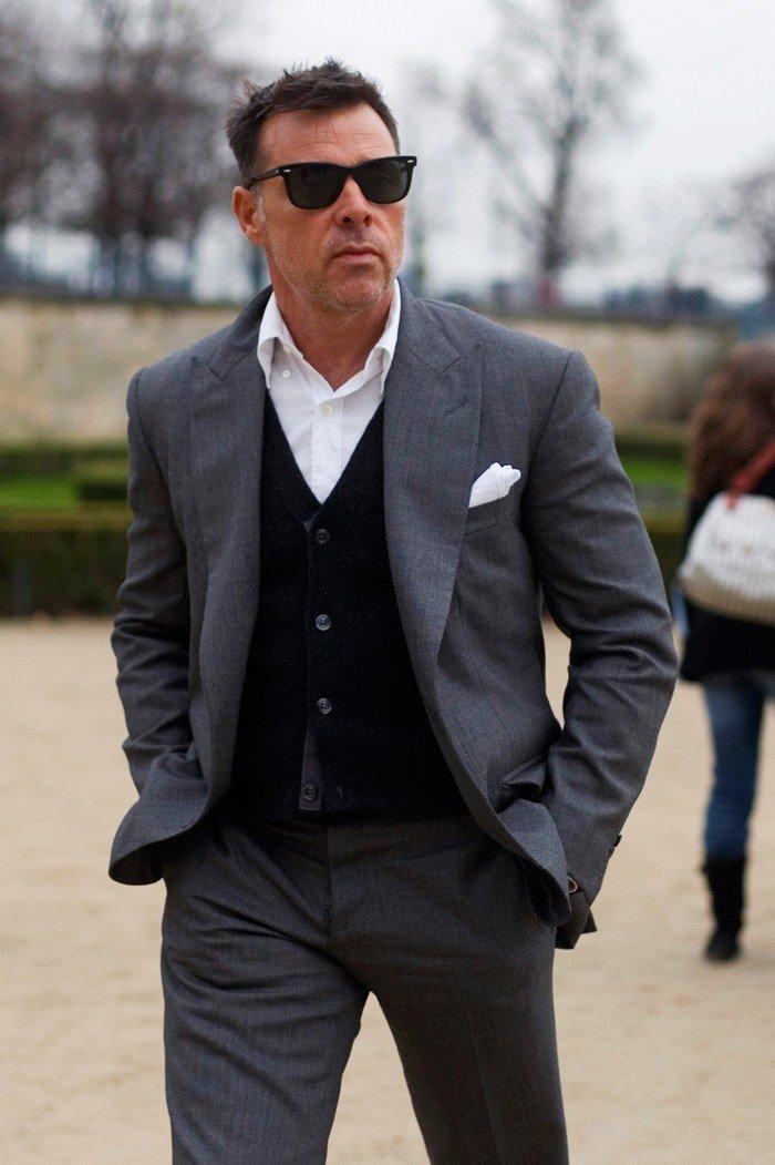 мужская мода весна лето 2018 основные тенденции: серый брючный костюм