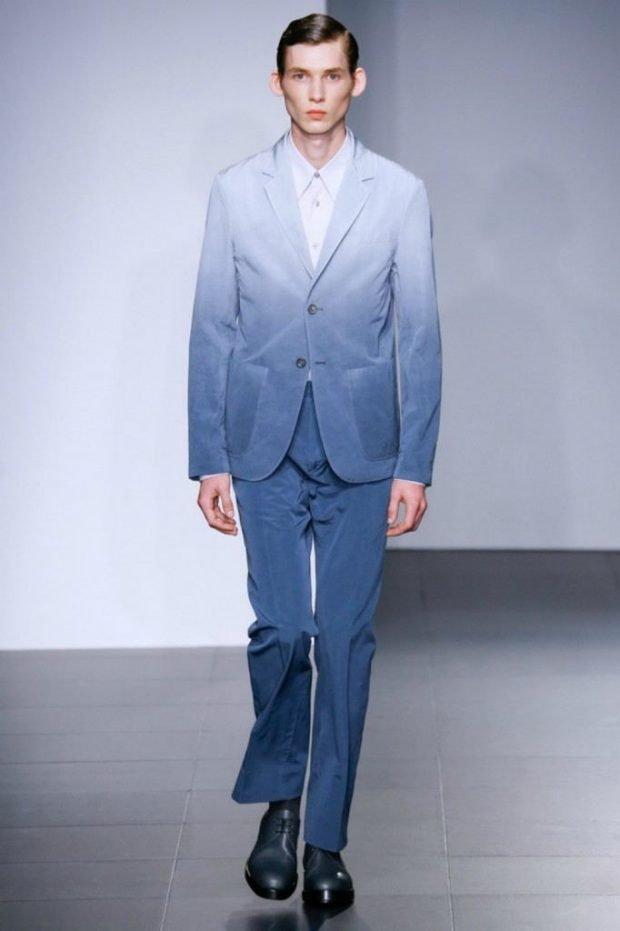 мужская мода 2019 весна лето: синие брюки пиджак с переходом омбре