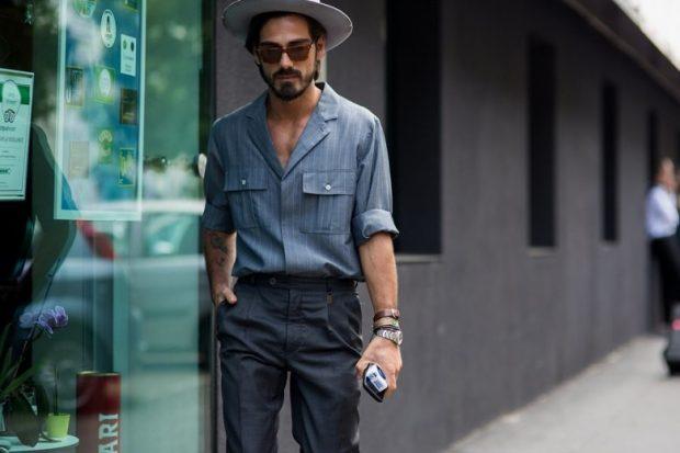 мужская мода 2019 весна лето: серая рубашка под темно-серые брюки