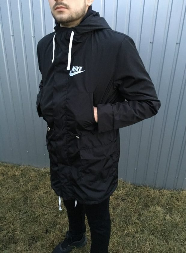 мужская мода 2019 весна лето: черная легкая парка