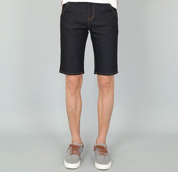 мужская мода весна лето: шорты джинсовые черные