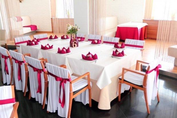 украшение столов цвет айвори и марсала