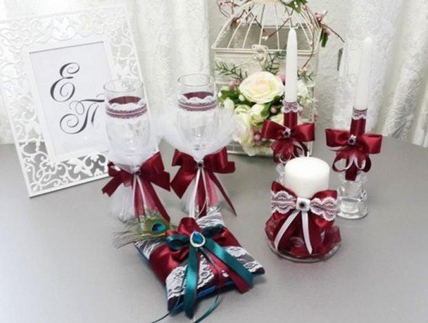 украшение на бокалы и свечи цвет марсала