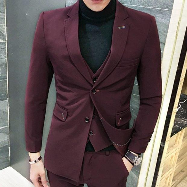 мужской костюм темный тройка