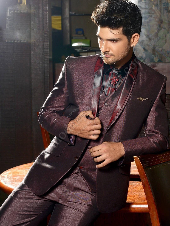 свадебный мужской костюм цвет марсала блестящий