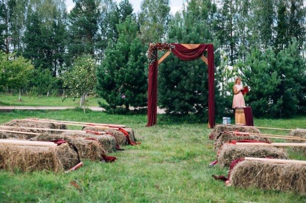 свадьба цвет марсала