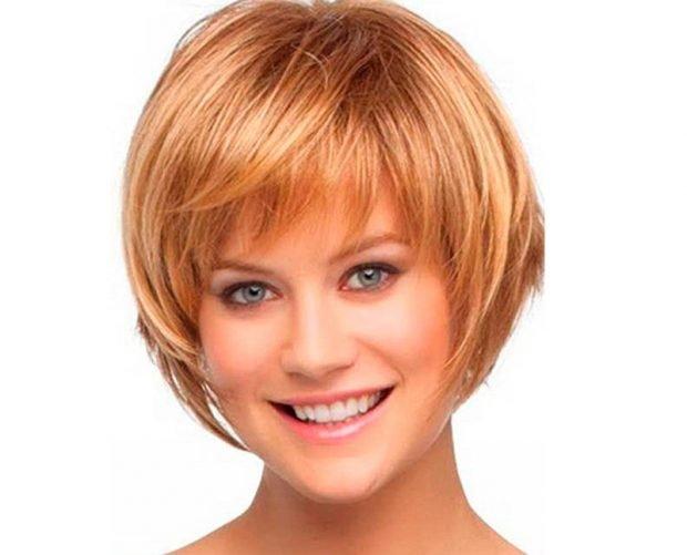 стрижка дебют на короткие волосы с косой челкой