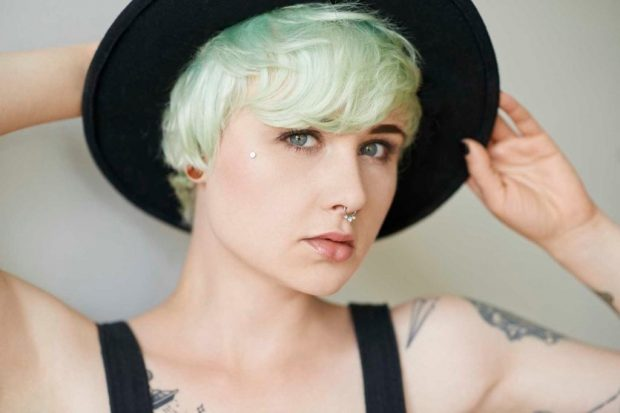 шапочка на волнистые волосы