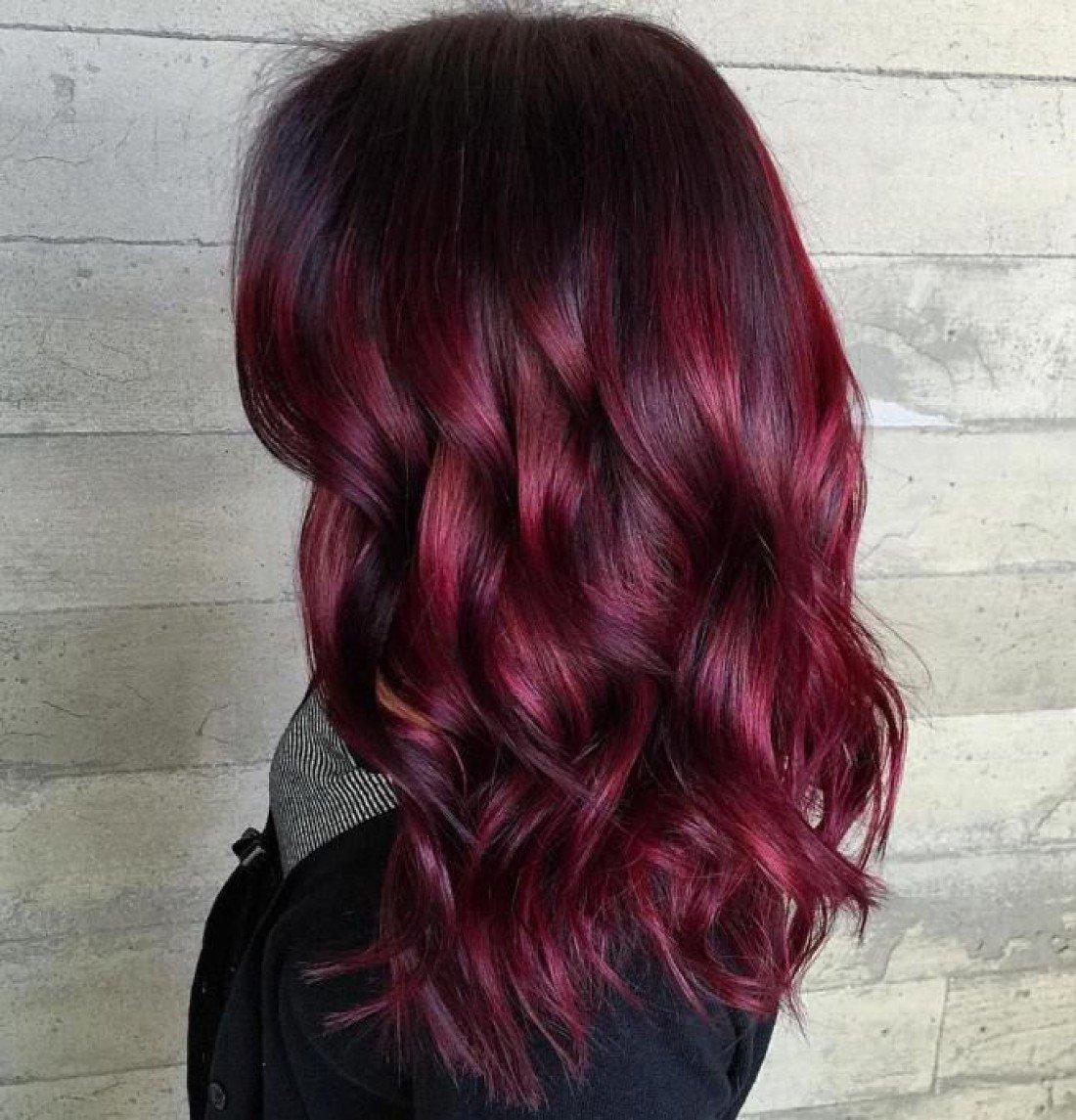 Цвет волос бургунди