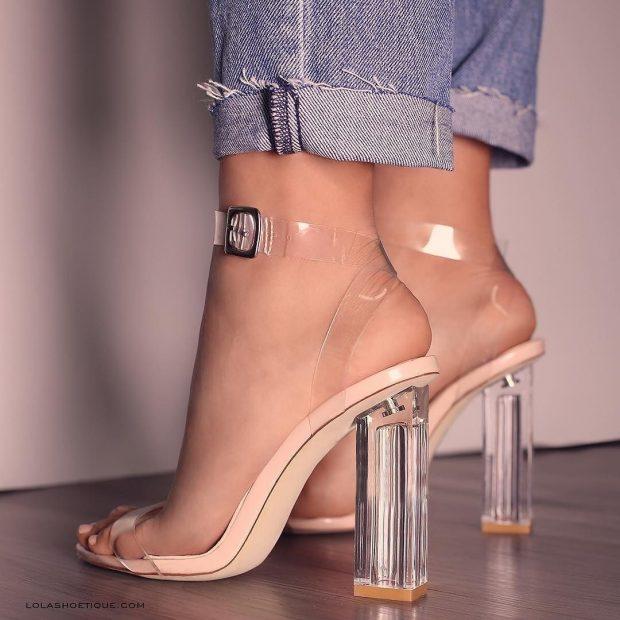босоножки на высоком прозрачном каблуке