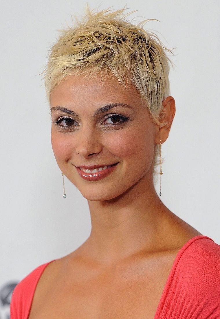 стрижка гарсон на короткий волос